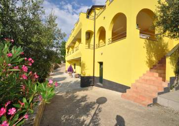 Sunce 4 - only 100 m from the beach