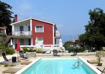 Perunika - con piscina e ampia terrazza