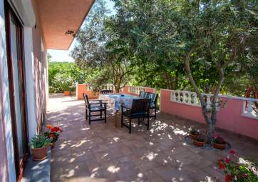 Femica 1  - ideal for family vacation, with spacious terrace