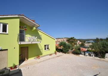 Nenad 1 - quiet location very close to the beach