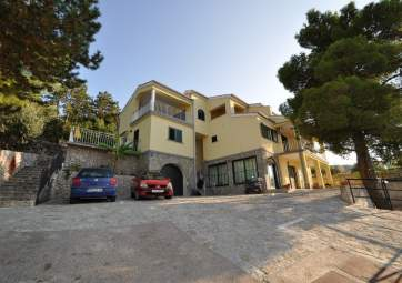 Maestral 3 - in a great location, very close to the beach