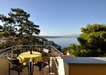 Maestral 4 - with great sea view, near the beach & pine wood