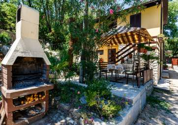 Marija 2 - surrounded by nature, in quiet location