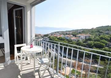 Lavanda - modern apartment with partial sea view
