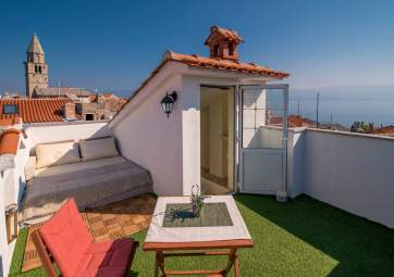 Pod Voltu - terrazza sul tetto con splendida vista mare