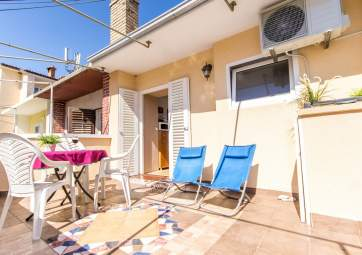 Rea 2 - central location & close to the beach
