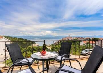 Kizi - ugodan apartman s panoramskim pogledom na more