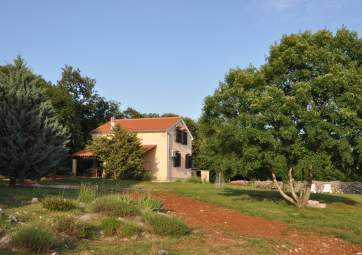 Kampelje 1 - in idyllic location surrounded by nature