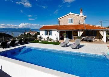 Mela - con grande piscina e splendida vista sul mare