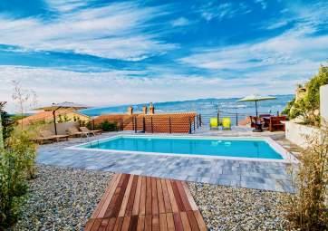 Bura - con grande piscina e splendida vista sul mare