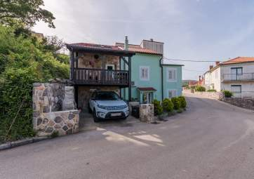 Stone house Knez with sea view