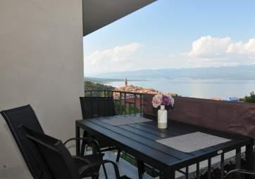 Maver 1 - appartamento moderno con fantastica vista sul mare