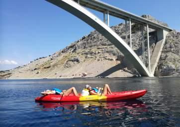 Kayak da mare Krk - ponte di Krk e isoletta san Marko