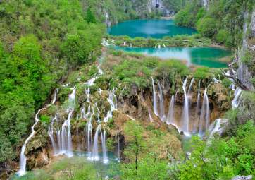 Excursion to Plitvice Lakes by Boat & Bus
