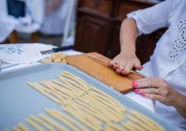 Homemade pasta Šurlice making class and tasting