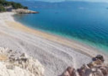 Swimming on 3 of the most beautiful beaches on the island of Krk